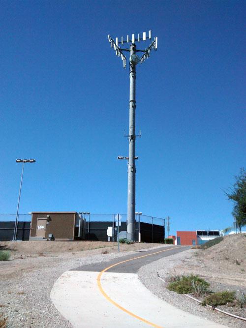 Verizon tower at the Tennis Center